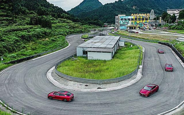 試駕、提車都排隊,跟性能好又安全的比亞迪漢EV跑完賽道知等得值-圖5