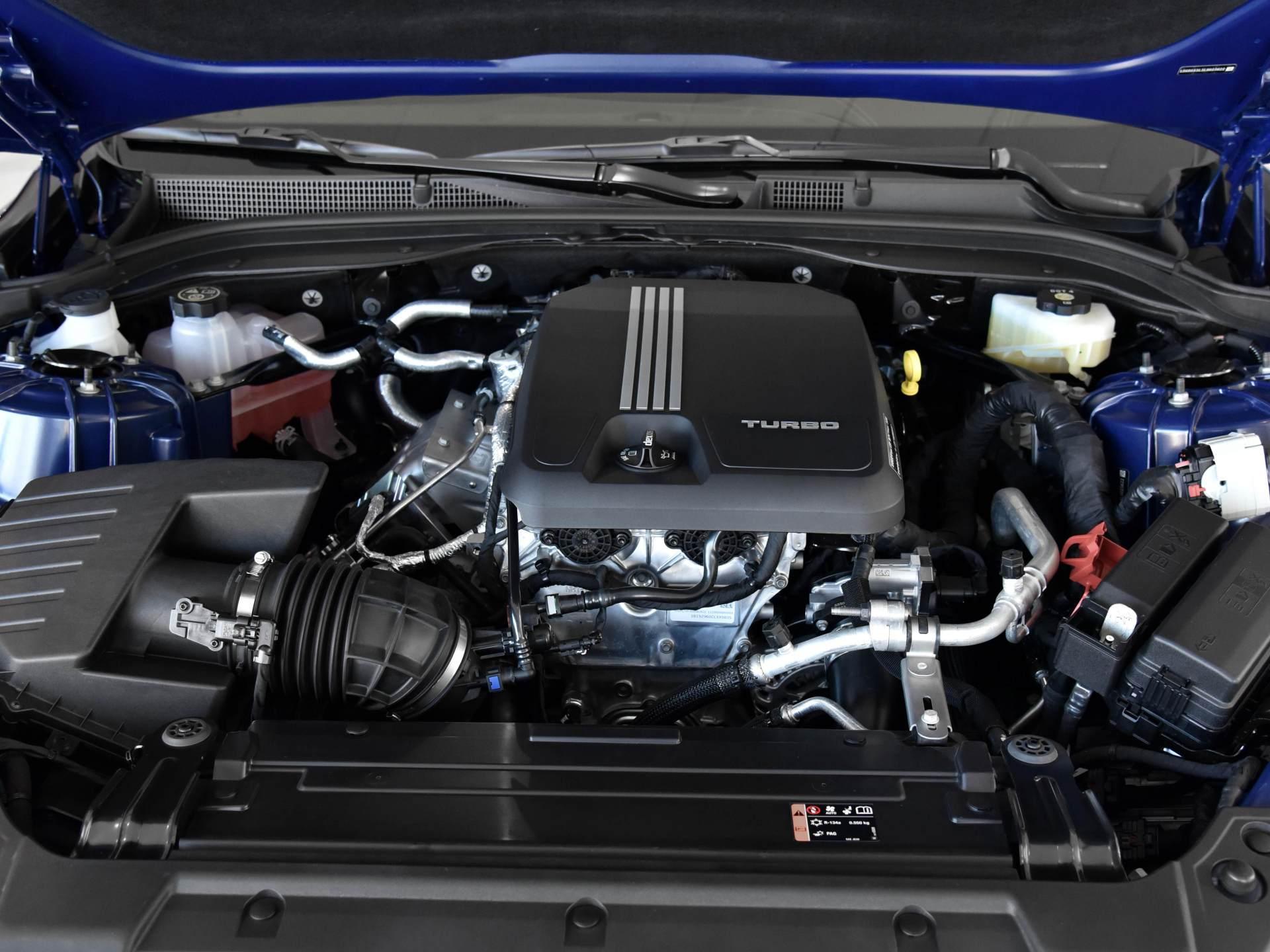 凱迪拉克發力!豪華中型車跌至25萬,整體品質超越雅閣-圖5