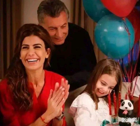 阿根廷第一夫人35歲三婚帶娃嫁給總統,特朗普也驚嘆於才華-圖3