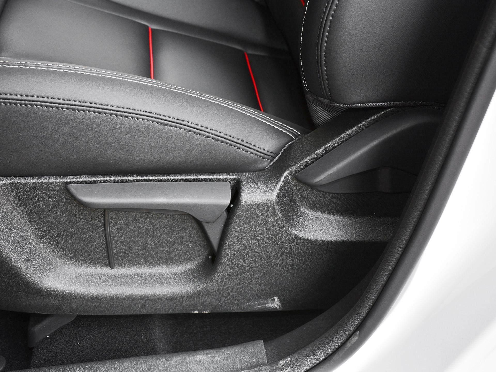 裸車10多萬入手這臺國產SUV,動力強空間大,油耗還可接受-圖5