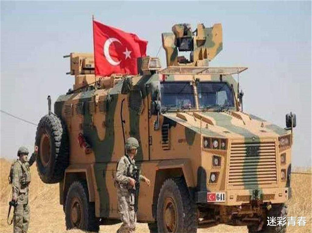 土耳其親自操刀上陣,大批士兵沖上俄軍陣地,土俄血戰再次打響-圖3