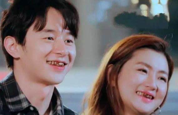 臺媒曝出Selina婚後生活孤獨,與妹妹居住千萬豪宅,客廳空蕩蕩-圖2