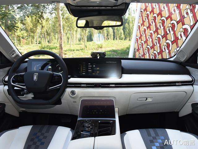 20萬以下純電SUV新勢力 外觀高顏值 智能配置齊全續航無憂-圖10