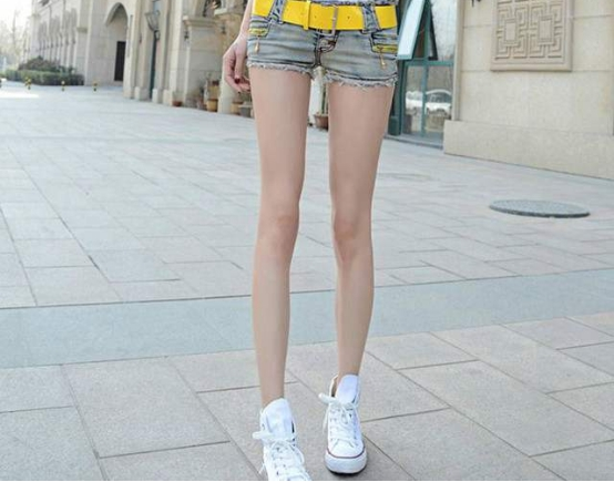 """美國出現一""""變態長""""少女,身高達到兩米,雙腿長度破吉尼斯紀錄-圖6"""