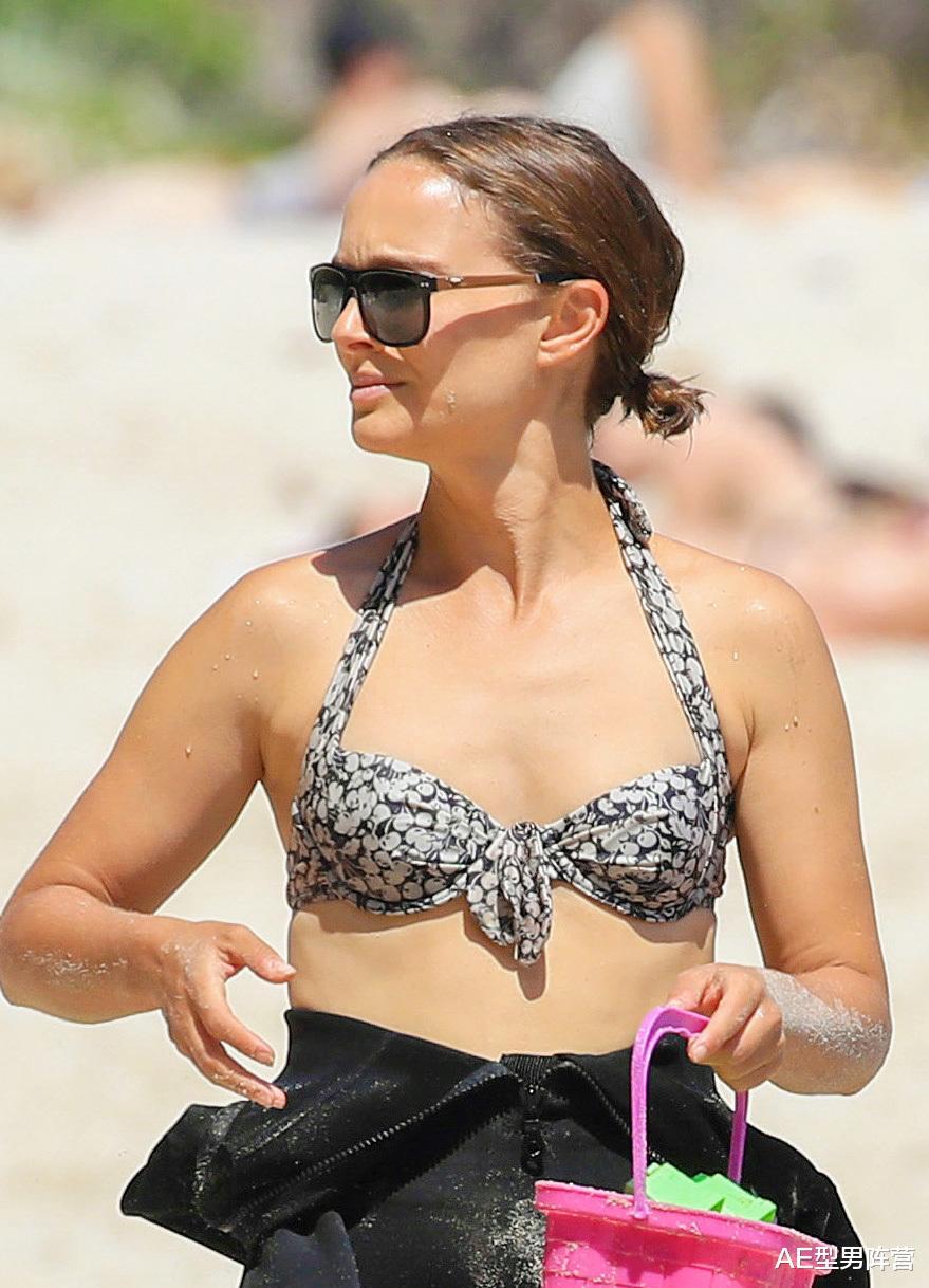 39歲娜塔莉·波特曼到達澳洲開拍《雷神4》!女雷神身材,依舊搶眼-圖7