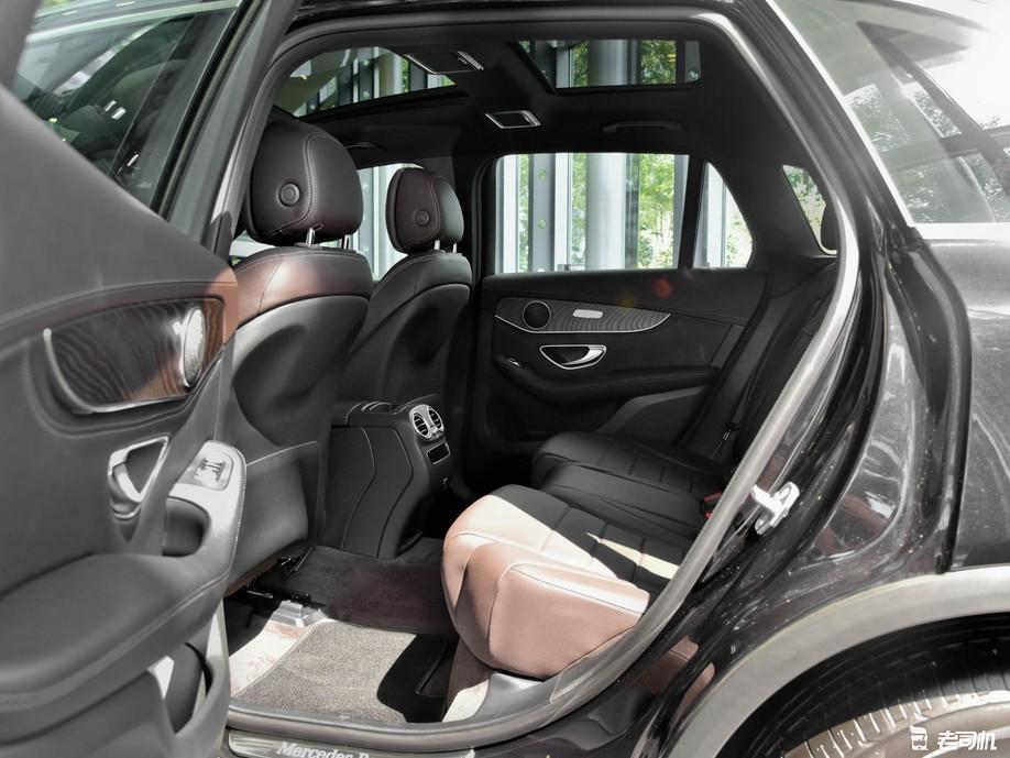 實在的豪華SUV,高近1.9米,2.0T+四驅,奔馳品牌是亮點-圖6