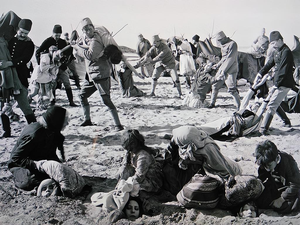 150萬亞美尼亞人被屠殺!無數少女遭到侵犯,用活人進行醫學試驗-圖5