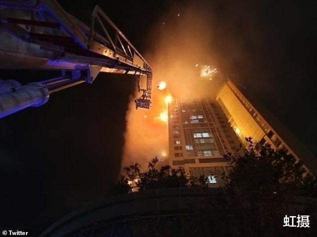 韓國33層高樓起火,瞬間變火炬!雲梯消防車趕來,比導彈車還大-圖4