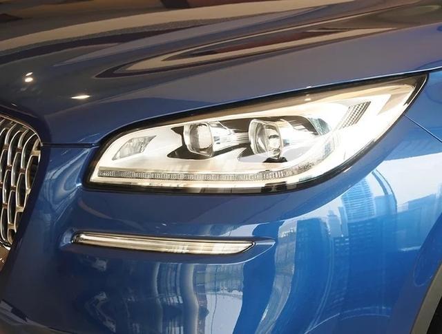"""又一豪華SUV""""黑馬"""",懸浮式車頂+12.8英寸大屏,24.68萬起-圖8"""