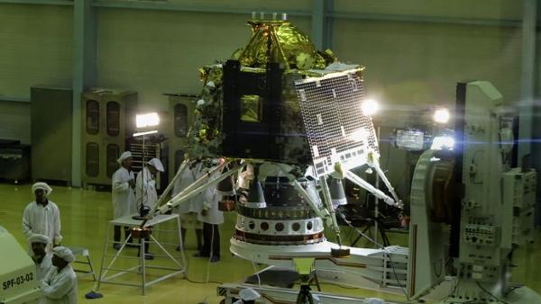 印度飛船發現月球生銹,月船-3號隻帶著陸器和月球車-圖3
