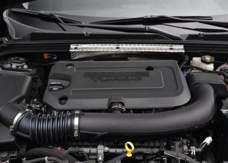 剛上市就降3萬,新款雪佛蘭邁銳寶XL換裝1.5T四缸引擎,隻求銷量-圖5