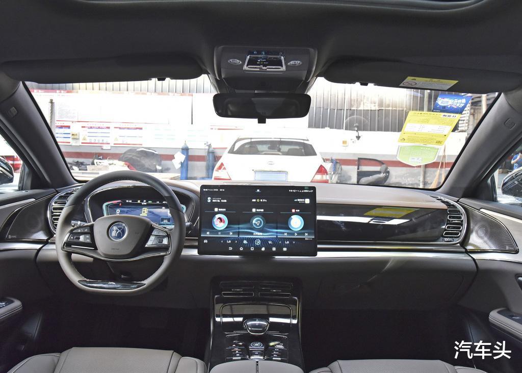 沒有漢EV配置豐富,也沒有它貴,23萬的起售價是更接地氣-圖5
