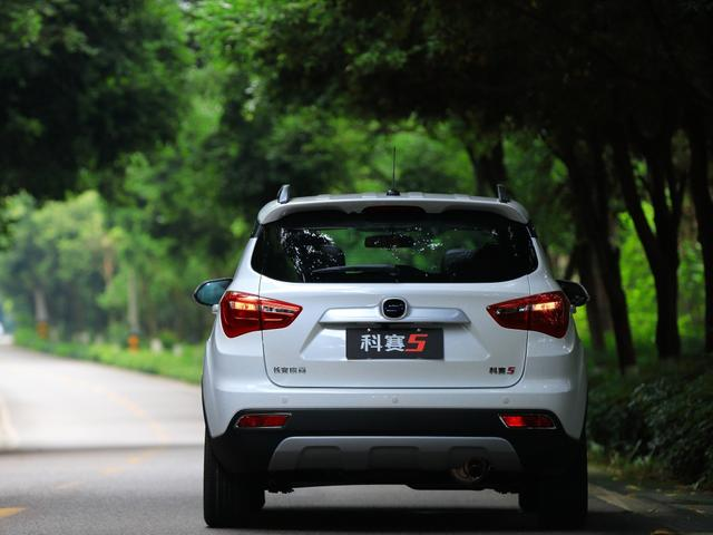 長安發力小型SUV市場,CVT自動不到6萬,滿油跑800Km-圖2