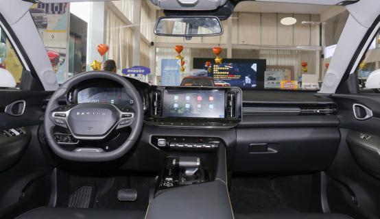 想要大空間,又不想要SUV或MPV?看看這幾款,適合傢庭出行-圖8