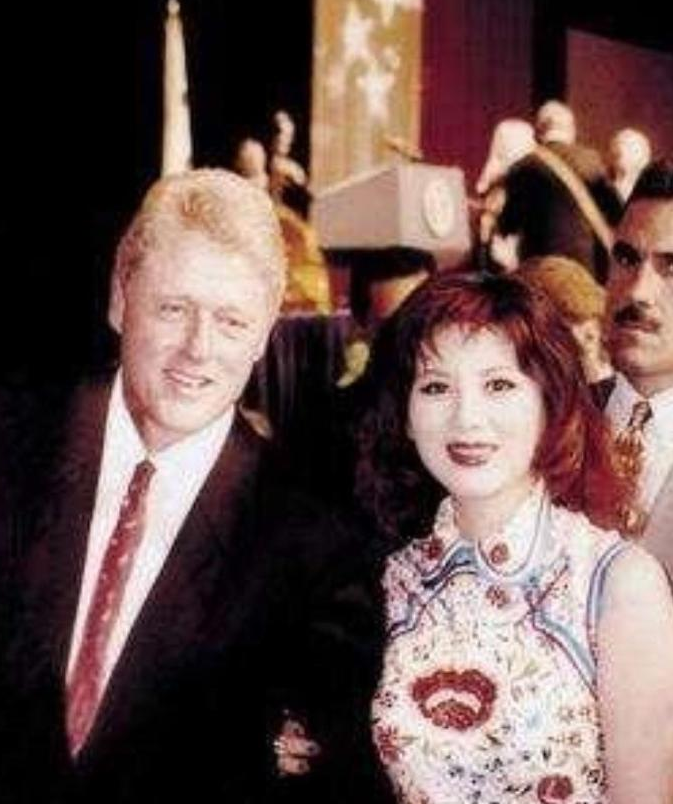 """有""""中國第一美婦""""稱號,克林頓還接待過,如今70歲依舊讓男人癡迷-圖3"""