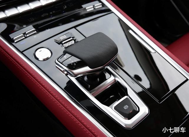長安的轎跑SUV,入門就有178馬力,配12.3寸大屏,11.99萬起-圖9