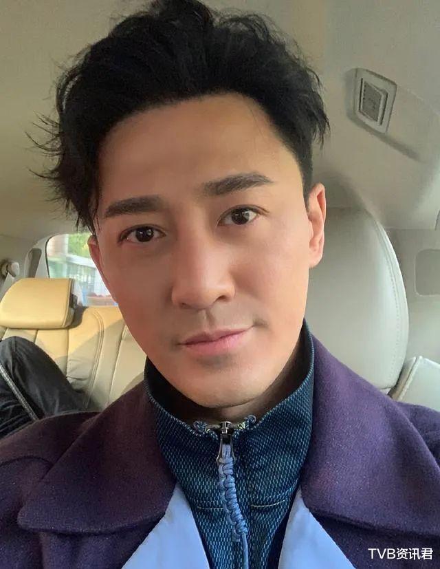 """""""拉面皮""""照片被曝光!40歲香港著名男星疑遭美容店職員偷拍-圖6"""