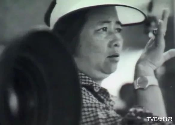 終年86歲!香港著名大導演突然傳死訊:傢傭稱是躺沙發凳安詳離開-圖3