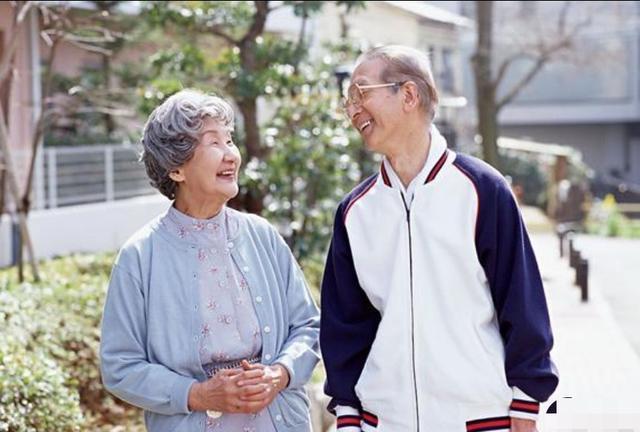 60歲阿姨的擇偶標準:再婚找老伴,需要滿足3個條件,不然不嫁-圖6