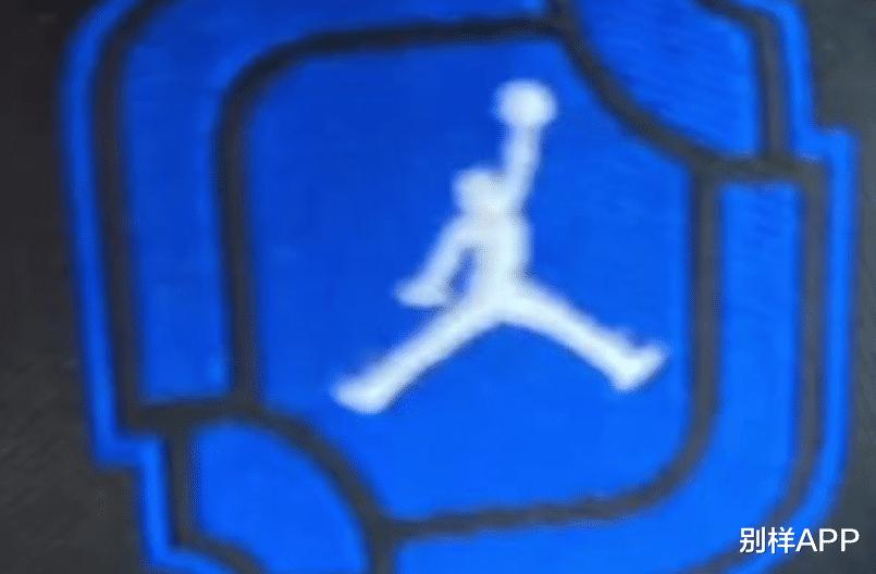 特殊鞋盒!《英雄聯盟》x AJ1聯名實物完全泄露,要特別發售?-圖5