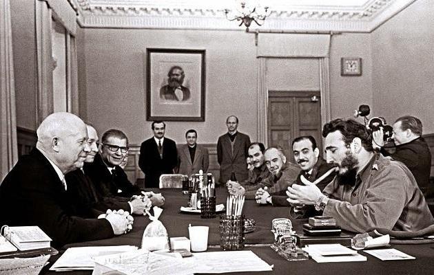 基辛格:中印戰爭爆發前夕,蘇聯開始支持中國,為何又變卦瞭?-圖4