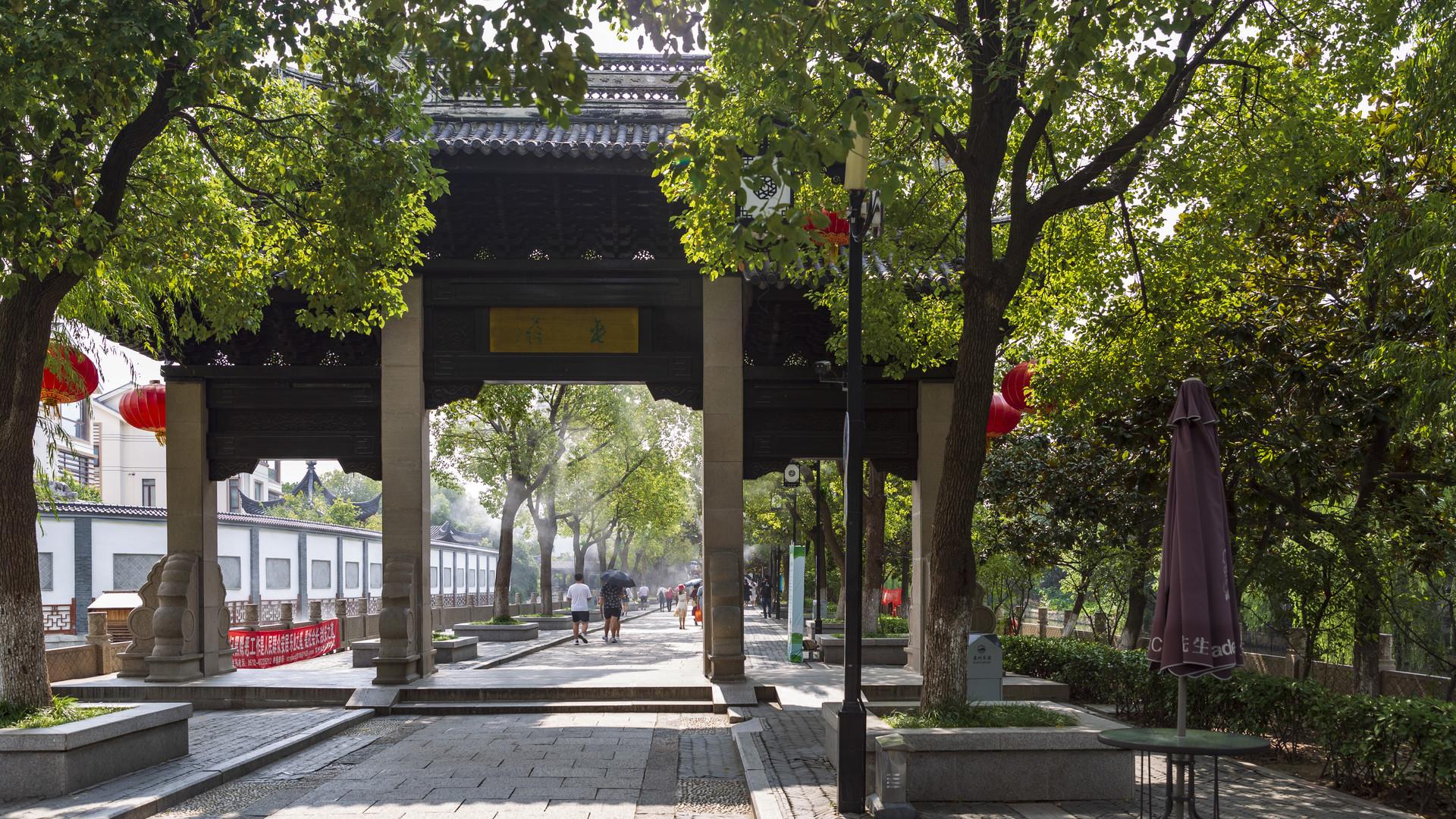 苏州这个古镇,因西施而建,乾隆曾驻足六次,跟苏州城年龄相同