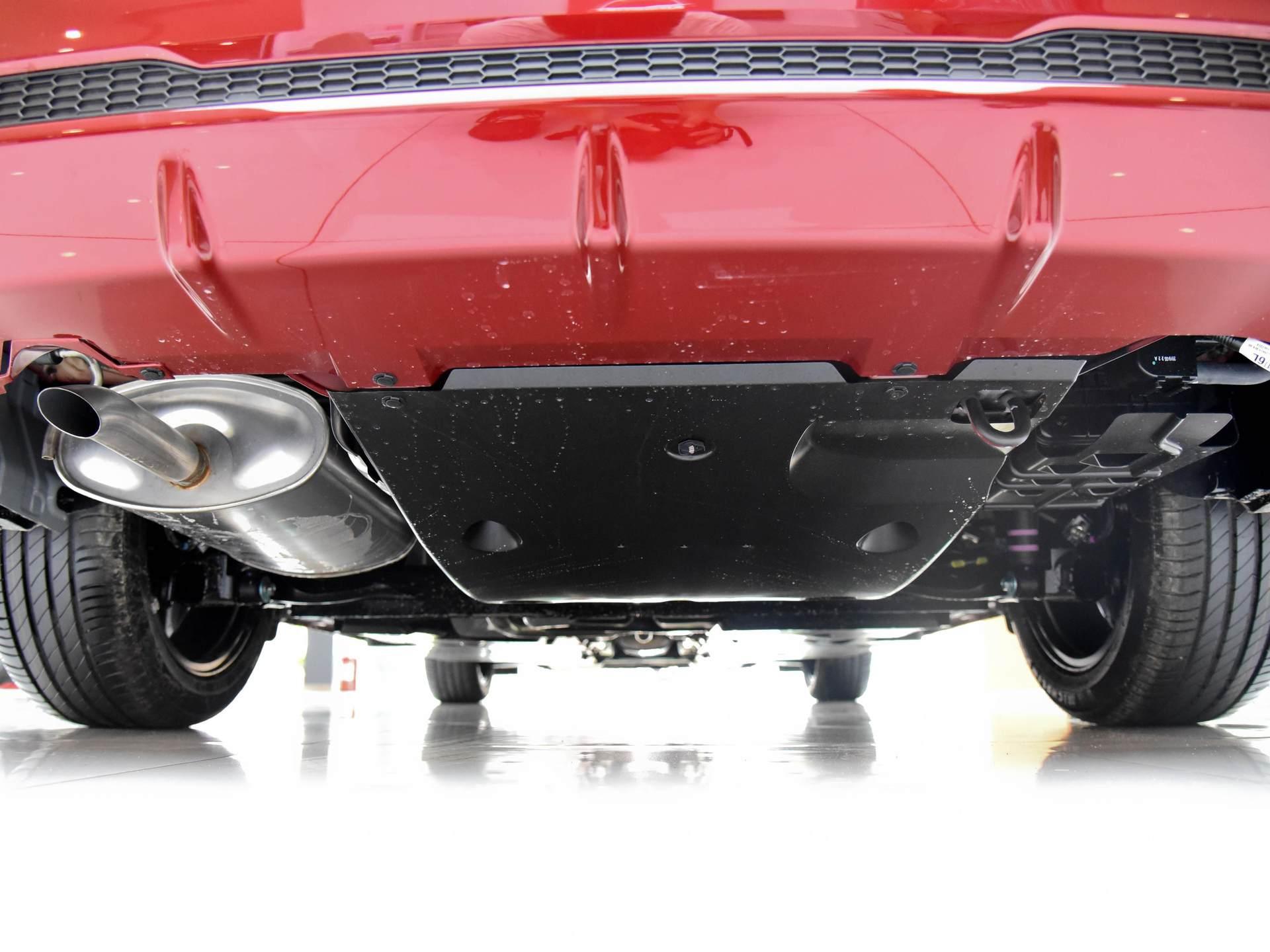 日產親民傢轎,軸距2712mm,1.6L+CVT售10萬起,配置不輸朗逸!-圖8