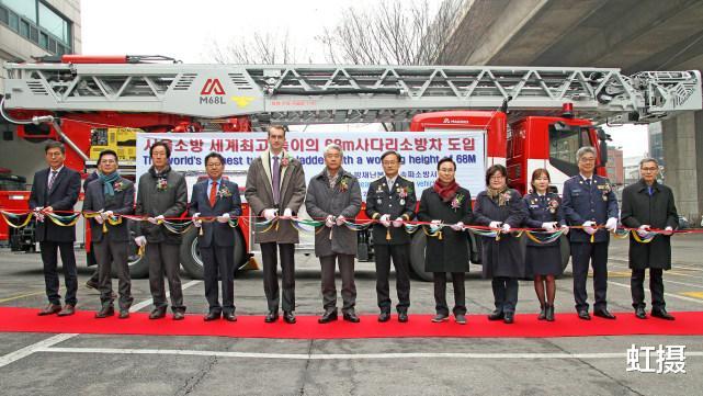 韓國33層高樓起火,瞬間變火炬!雲梯消防車趕來,比導彈車還大-圖8