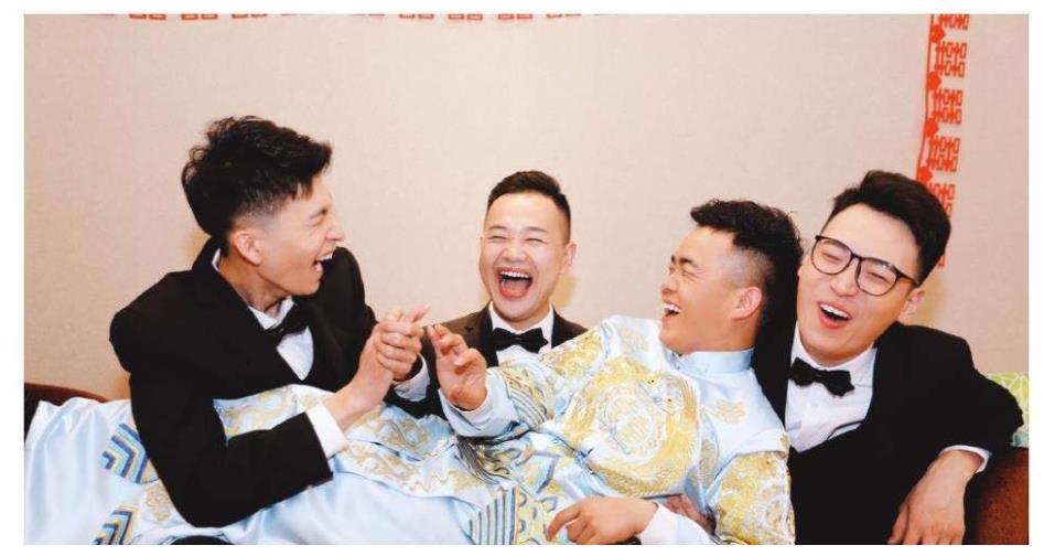 德雲社成員婚禮伴郎團,燒餅的牌面最大,李雲傑的最讓人感慨-圖2