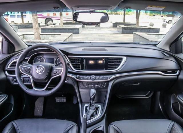 推薦兩款緊湊型的傢用轎車,現代領動和別克英朗,預算落地在10萬以內-圖2