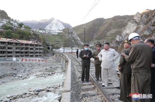 金正恩一月內三赴災區指導重建,朝鮮首現以其命名的軍校-圖2