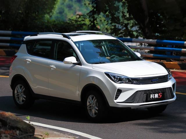 長安發力小型SUV市場,CVT自動不到6萬,滿油跑800Km-圖7