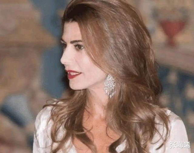阿根廷第一夫人35歲三婚帶娃嫁給總統,特朗普也驚嘆於才華-圖6