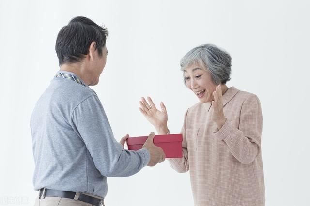 60歲阿姨的擇偶標準:再婚找老伴,需要滿足3個條件,不然不嫁-圖5