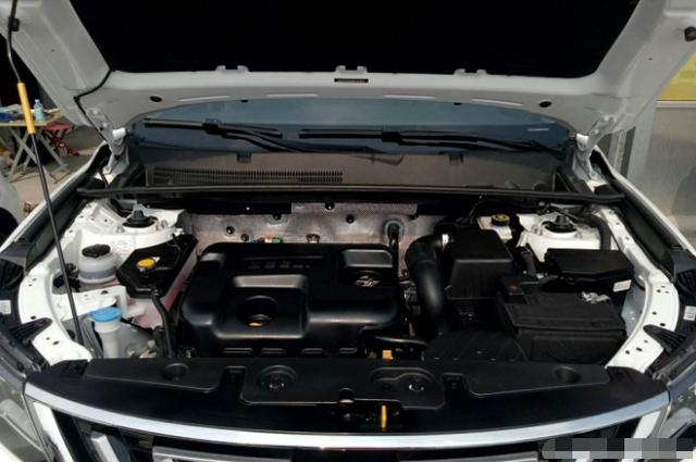 又一國產車被捧紅,質量穩定可靠,油耗6.2L,不足7萬-圖6