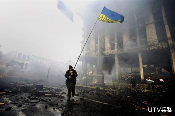 烏克蘭執意倒向西方,如今卻被歐美當成仆從,反對派向普京求助-圖2