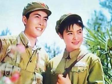 陳沖:毀掉央視春晚,宣誓效忠美國,棄養中國雙胞胎,如今怎樣瞭-圖2
