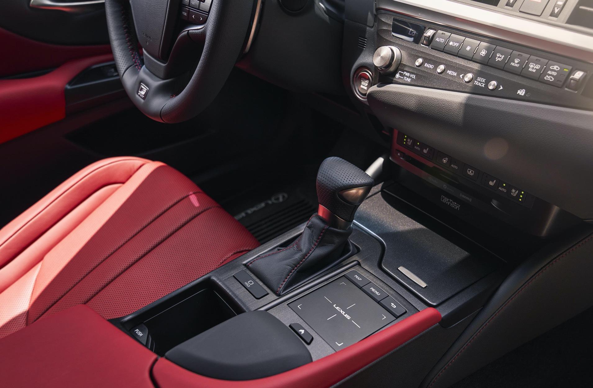 豐田又一豪車來襲,車長近5米,2.5L自吸發動機配四驅,油耗6.3L-圖6