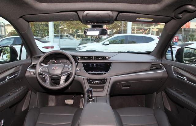 國內在售的豪華品牌中型SUV內飾集合,哪個才是你喜歡的?-圖9
