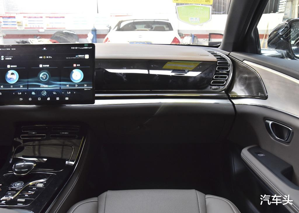 沒有漢EV配置豐富,也沒有它貴,23萬的起售價是更接地氣-圖8