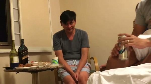 黃鴻升猝逝後男星自曝浴室發病險情:敲擊浴缸求救,才撿回一條命-圖6