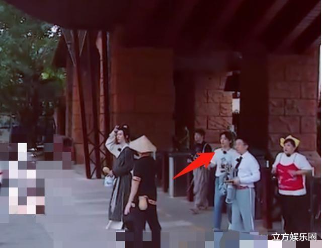 剪輯師不專業?《青春環遊記2》出現肖戰身影,資源將全面恢復-圖2