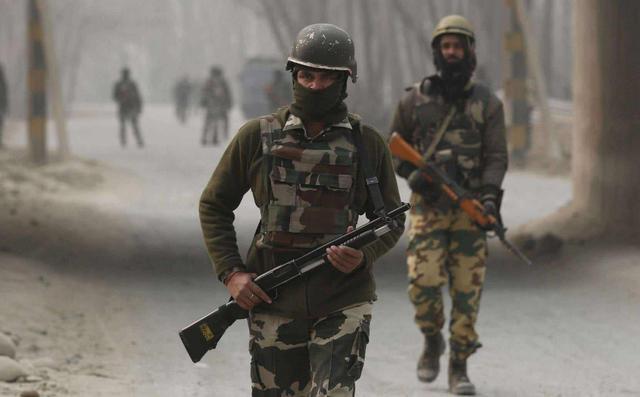 中印邊境軍情報告!印軍陷困境,缺水缺糧還雪崩,士兵被活活凍死-圖2