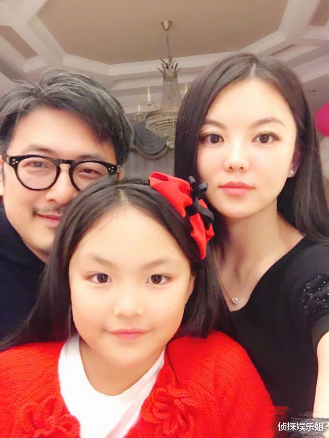 李湘王嶽倫為女兒慶11歲生日,王詩齡出鏡傳遞愛心,好像又胖瞭-圖6
