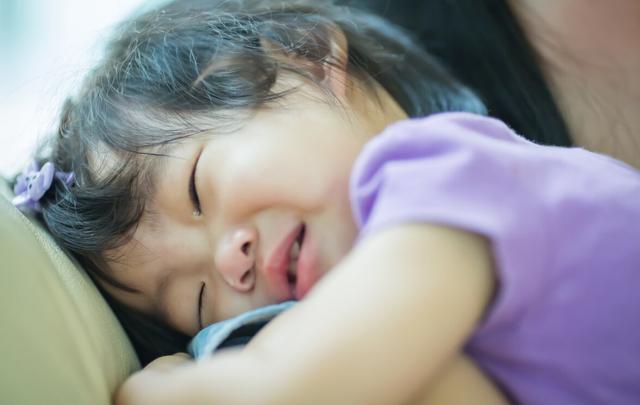 """女兒半夜發高燒,嘴裡卻念叨""""洗衣機壞瞭"""",寶媽打開後情緒失控-圖6"""