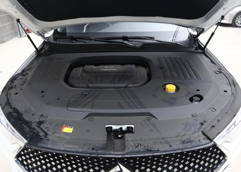 低售價高顏值的國產B級車型,起售8.48萬車長4925MM-圖5