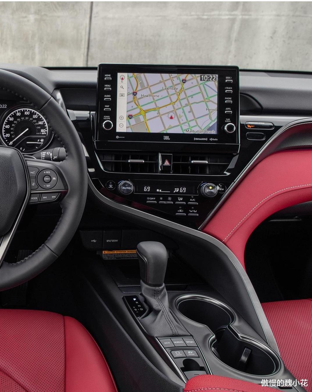 """豐田""""凱美瑞XSE""""版全球首發,紅黑內飾,搭載3.5L V6引擎!-圖4"""