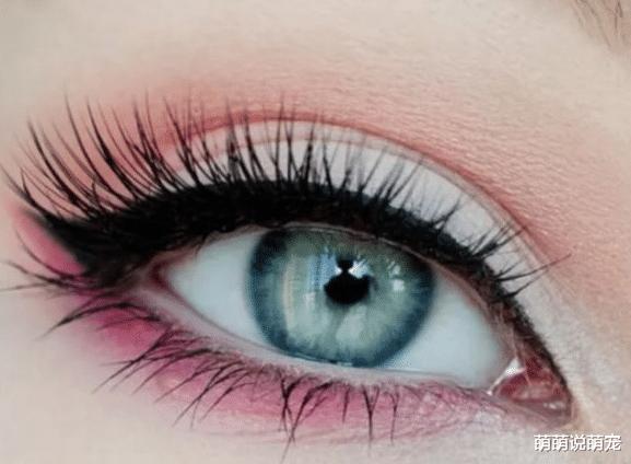心理測試:你最喜歡哪一隻眼睛?測你的戀人喜歡你到什麼程度!-圖3