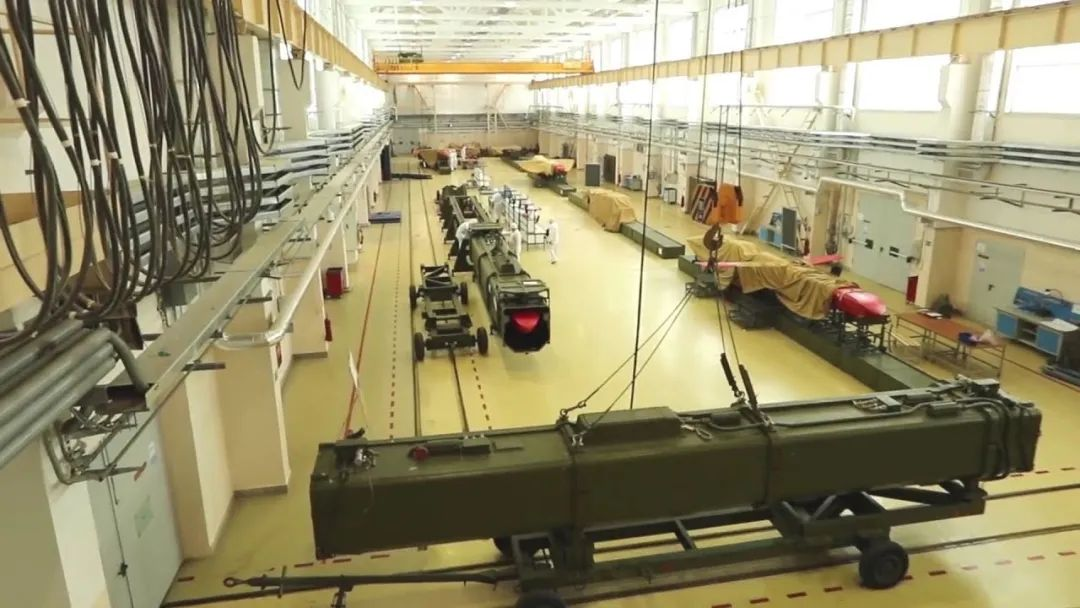核巡航導彈進入發射架!8個機步師25萬大軍就位,警告美國烏克蘭-圖4