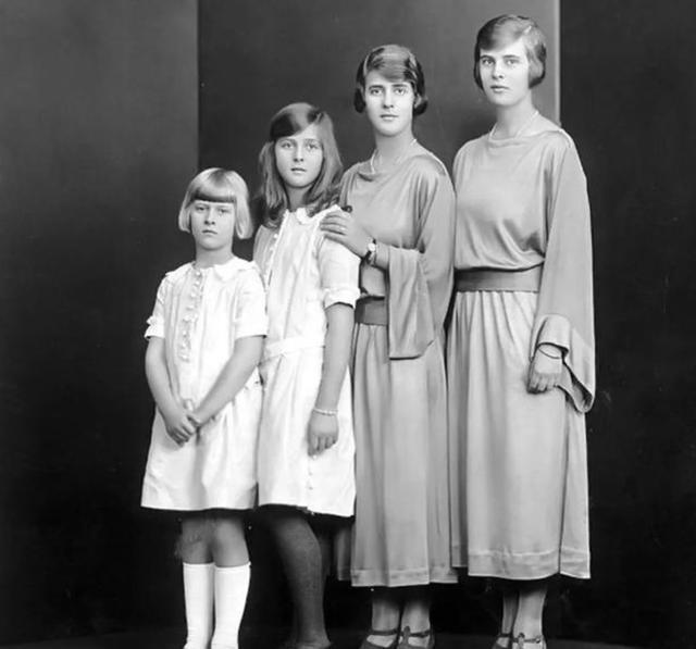 菲利普親王的4個漂亮姐姐,1年內被父親打包嫁去德國,命運各不同-圖2